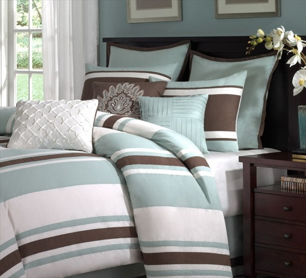 Find the perfect bedding for your room, from comforters to quilts. Explore and purchase other Bed Pillows at your local At Home store.