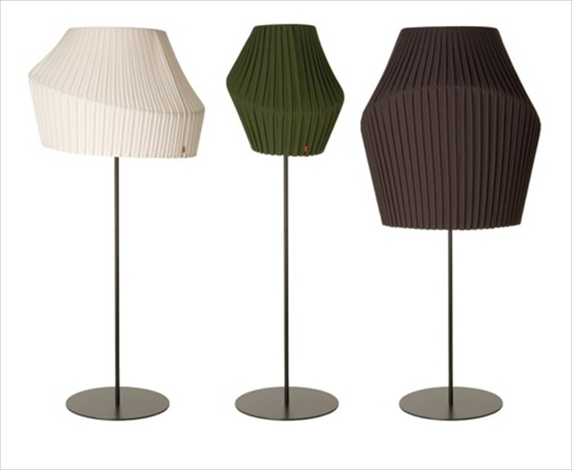 Pleat Floor Lamp from Dum Office