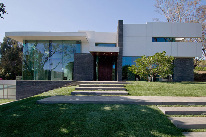Summit house of beverly hills by whipple russell for Summit house