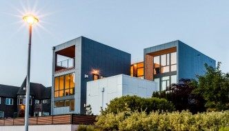 Modern Aurea Home Design in Mangolia by Chris Pardo