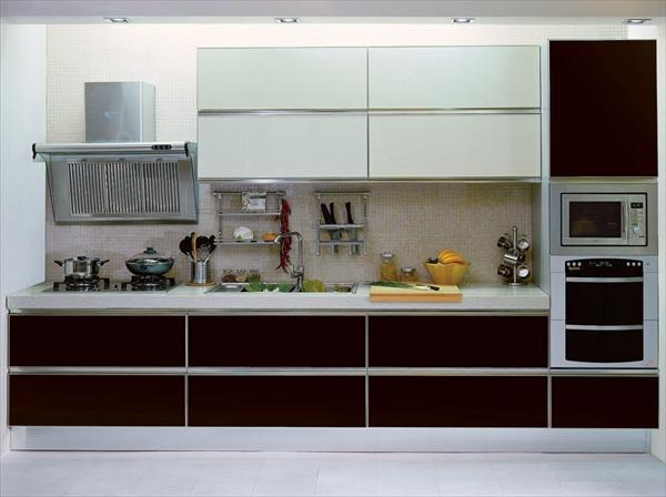 milky modern kitchen design idea