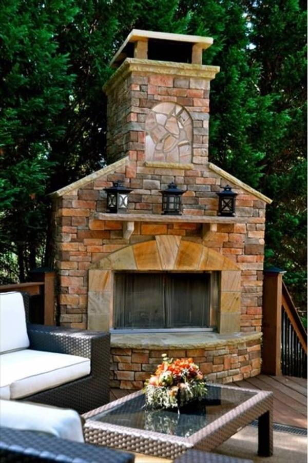 6 beautiful outdoor fireplaces home with design for Outdoor fireplace designs plans