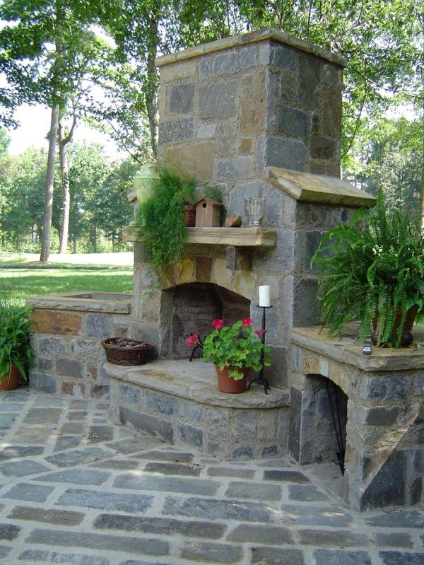 6 beautiful outdoor fireplaces home with design for Outside fireplace plans