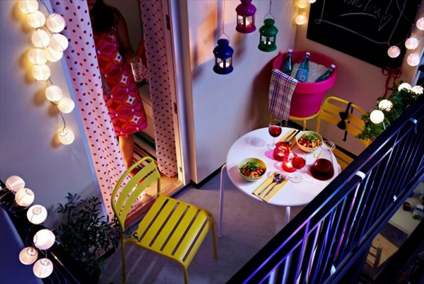 How to Decorate Balcony