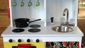 DIY Play Kitchen Sets